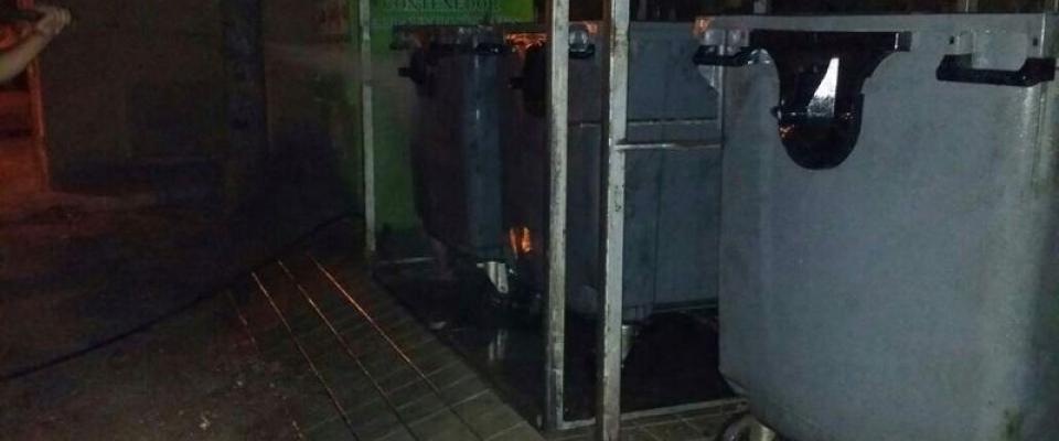 La empresa de basuras adquiere un sistema de lavado de contenedores más potente