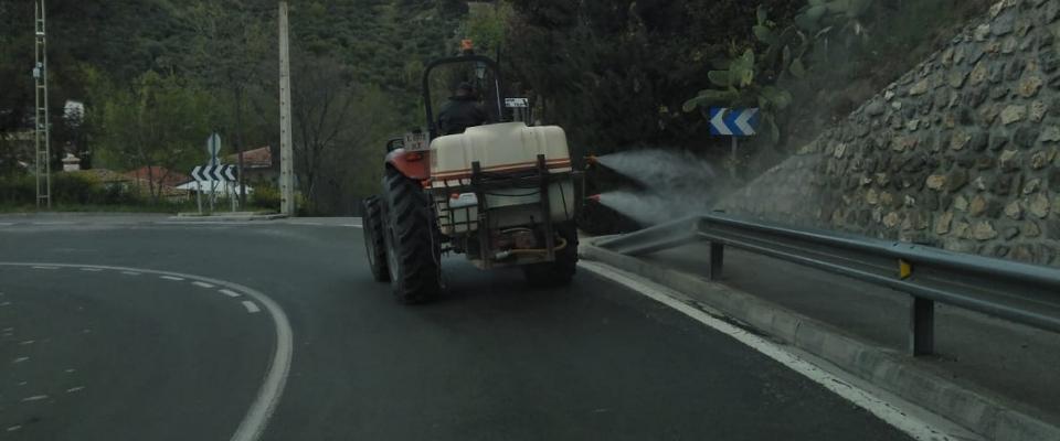 Siguen las tareas de desinfección de calles de Huétor Santillán