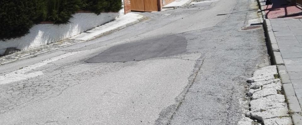 Limpieza de la calle de las piedras y colindantes