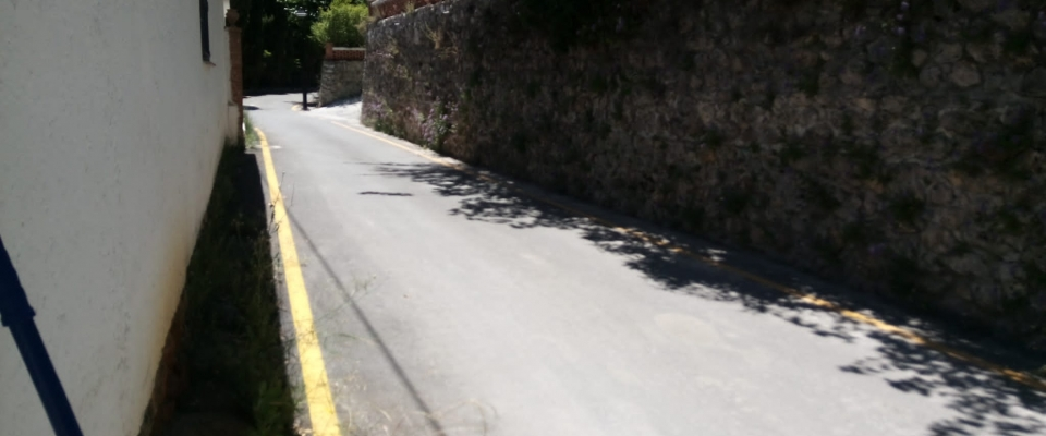 Limpieza de calles en Huétor Santillán (Colonia del Río)
