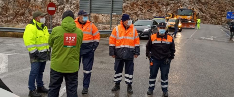 Protección Civil de Huétor Santillán ya se encuentra en el Puerto de la Mora (operativos por nieve)