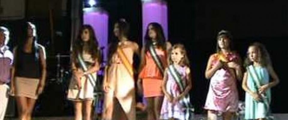 Reina infantil y juvenil de las fiestas 2013