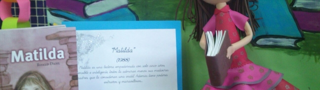 """Exposición en la biblioteca escolar """"100 años del nacimiento de Roald Dahl"""""""