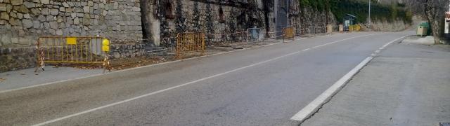 Obras de acerado en la carretera N-342 (dirección Murcia)