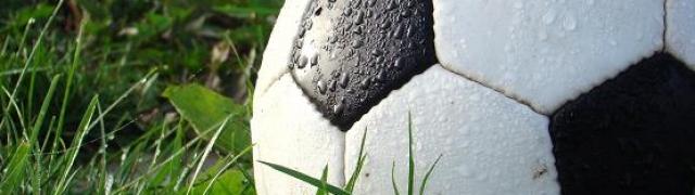 Partido de fútbol Huétor contra Cúllar