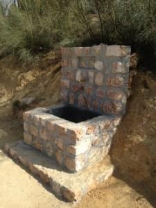 Fuente cerca Cueva Señor Huetor Santillan
